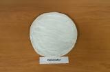 Шаг 1. Лаваш смазать творожным сыром.