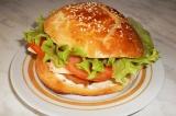 Готовое блюдо: сэндвич с курицей