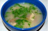 Ячневый суп с солеными огурчиками