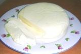 Готовое блюдо: домашний сыр брынза