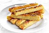 Готовое блюдо: сырные палочки
