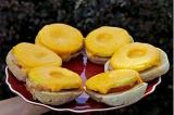 Готовое блюдо: ананасовый бутерброд