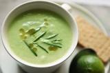 Готовое блюдо: суп из авокадо