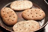 Гамбургер по-домашнему - как приготовить, рецепт с фото по шагам, калорийность.