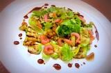 Готовое блюдо: cалат с кабачками на гриле