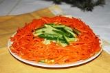 Готовое блюдо: салат со шпротами