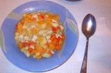 Готовое блюдо: курица с овощами в горшочках