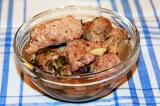 Готовое блюдо: индейка в горшочке