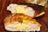 Готовое блюдо: куриные котлеты с сыром
