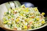 Готовое блюдо: салат крабово-огуречный
