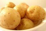 Шаг 1. Картофель тщательно вымыть.
