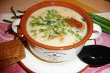 Готовое блюдо: сырный суп с белыми грибами
