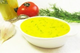 Готовое блюдо: чесночный соус со сладким перцем