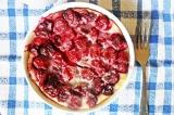 Готовое блюдо: клафути с вишней