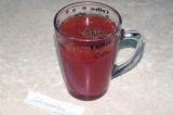 Шаг 5. Разбавить смесь водой. При необходимости добавить еще томатной пасты для
