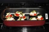 Шаг 5. Запекать при 180 градусах 20-25 минут. Подать закуску в горячем виде.