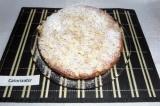 Шаг 9. В завершение готовый пирог присыпать сахарной пудрой.