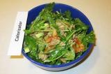 Готовое блюдо: салат из авокадо и тунца