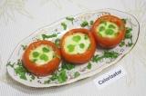 Готовое блюдо: помидоры с начинкой в духовке