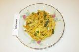 Готовое блюдо: макароны со стручковой фасолью