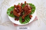 Готовое блюдо: курица с ананасами в соевом соусе