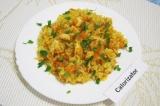 Готовое блюдо: рис с курицей
