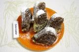 Готовое блюдо: кекс мраморный с сахарной пудрой