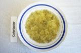 Шаг 1. Приготовить овощи для торта: картофель, морковь, свеклу,  яйца – отварить