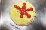 Шаг 10. Последний слой посыпать сыром и украсить помидорами черри. Переложить