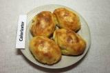 Готовое блюдо: картофельные пирожки с мясом