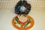 Готовое блюдо: новогодние куриные рулетики