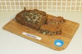 Готовое блюдо: тыквенный хлеб с арахисовой пастой