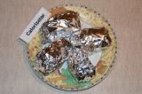 Шаг 5. Картофель завернуть в фольгу и запекать в духовке 15 минут при 220 С.
