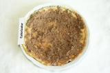 Шаг 9. Намазать на блины начинку из печени и сложить стопочкой.