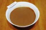 Шаг 1. Приготовить тесто для блинов из указанных ингредиентов. Дать настояться