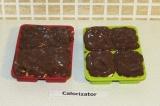 Шаг 12. Залить шоколадом конфетки и убрать в холодильник до полного застывания.