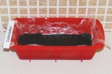 Шаг 6. Разровнять в удобной форме суфле-слой и поставить его в холодильник минут