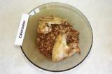 Готовое блюдо: гречка с курицей в духовке