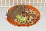 Готовое блюдо: котлетки из тунца