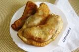 Готовое блюдо: крымские чебуреки с мясом