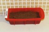 Шаг 7. Выложить полученную массу в форму для выпечки и поставить в духовку