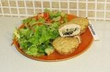 Готовое блюдо: куриные маффины с начинкой