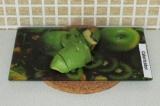 Шаг 2. Порезать авокадо.
