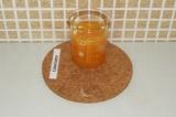 Шаг 1. Выжать сок из апельсинов.