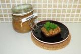 Готовое блюдо: бутерброд с кабачковой икрой