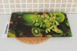 Шаг 4. Порезать кубиками авокадо.