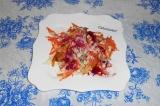 Готовое блюдо: салат из молодых овощей