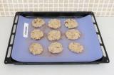 Шаг 8. Сформировать печенье и поставить в разогретую до 180 гр духовку на 25 мин