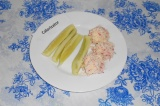 Готовое блюдо: сырные шарики в крабовом мясе