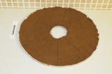 Шаг 7. Нарезать на порционные кусочки и поместить в духовку 1-2 ч (в зависимости